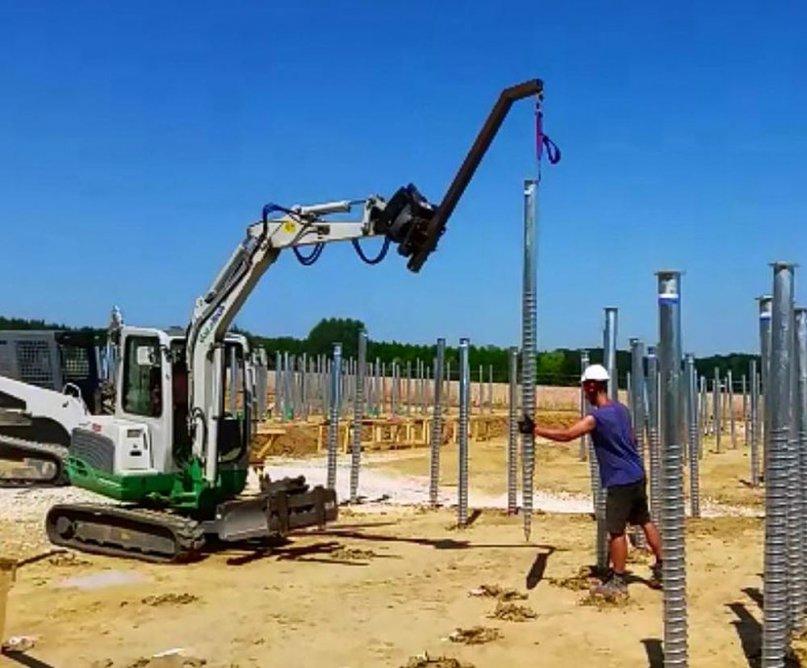 Fundamentbau mit Schraubfundamenten - Schraub-Pfahl-Fundamentsystem der Deutschen Fundamentbau Gesellschaft